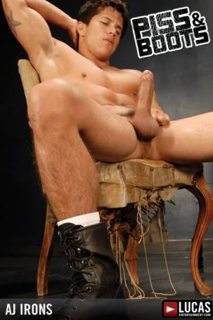 A.J. Irons - Gay Model - Lucas Raunch