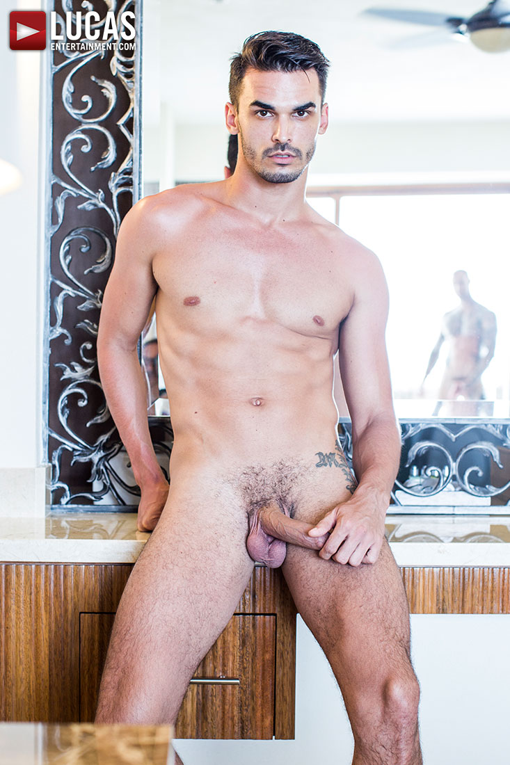Aaden Stark - Gay Model - Lucas Raunch