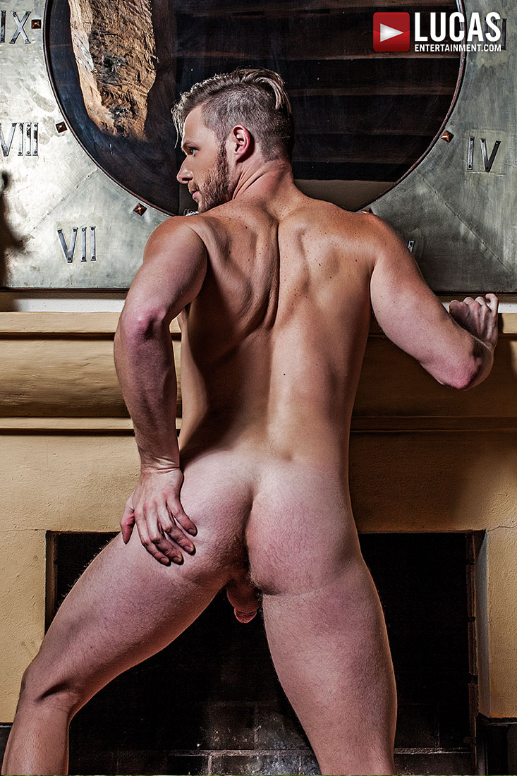 Brian Bonds - Gay Model - Lucas Raunch