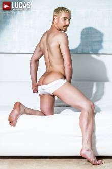 Cody Winter - Gay Model - Lucas Raunch