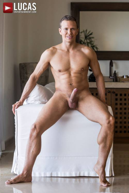 Ethan Chase - Gay Model - Lucas Raunch