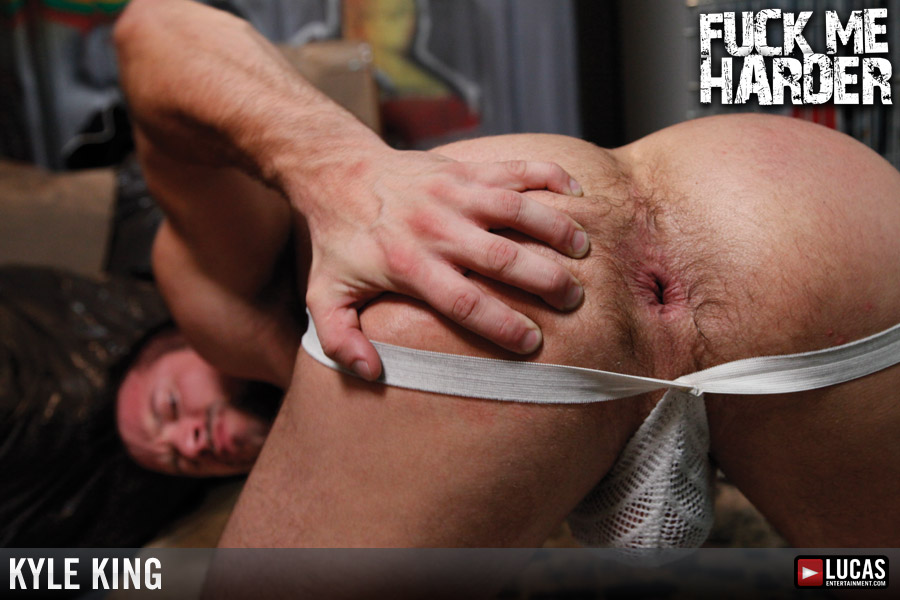 kyle-ass-naked-very-young-nn-model-vids