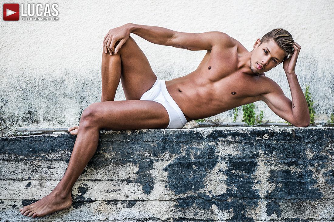 Lorenzo Ciao - Gay Model - Lucas Raunch