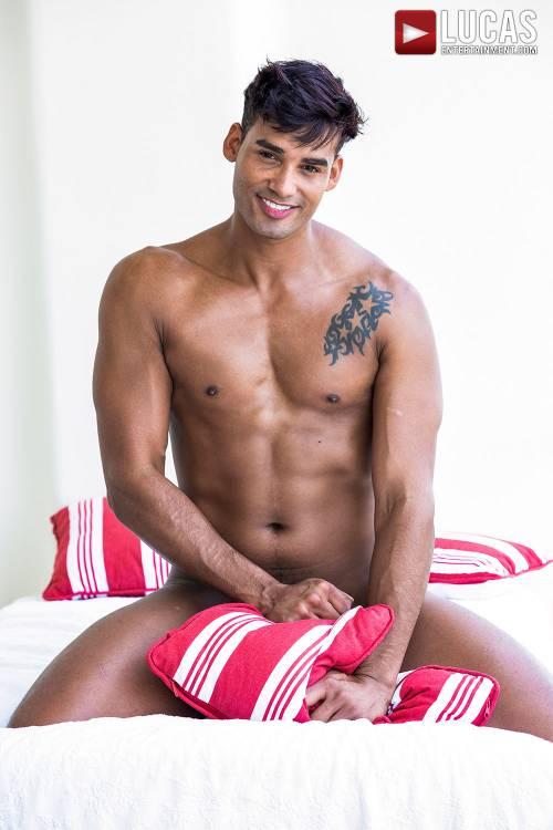 Marco Antonio - Gay Model - Lucas Raunch