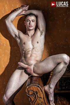Ruslan Angelo - Gay Model - Lucas Raunch