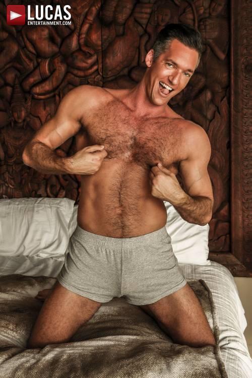 Silver Steele - Gay Model - Lucas Raunch