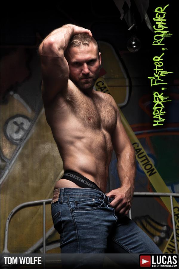 Tom Wolfe - Gay Model - Lucas Raunch