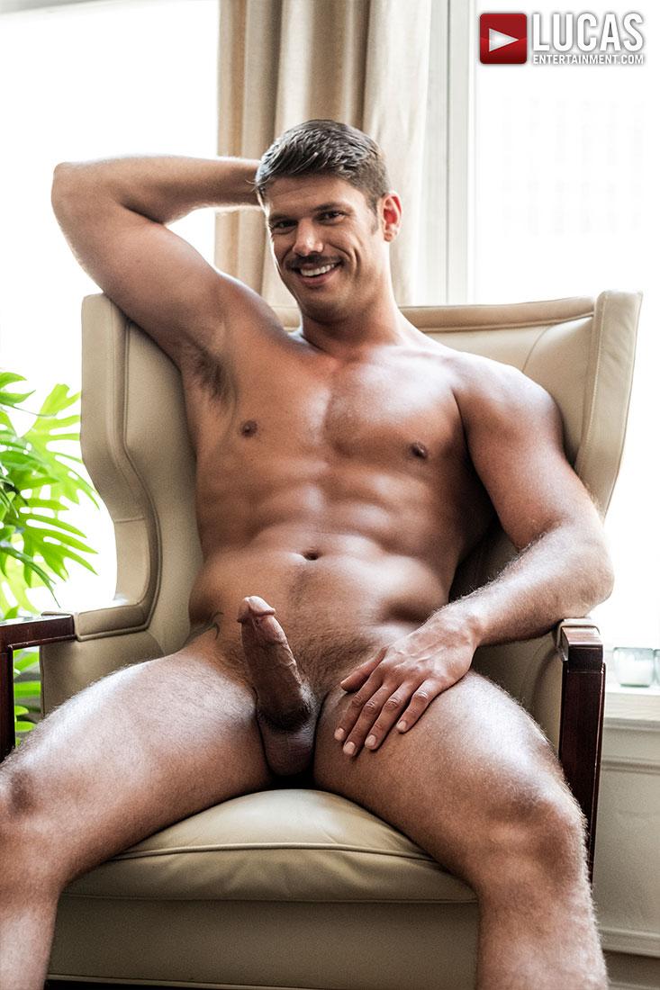 Tyler Roberts - Gay Model - Lucas Raunch