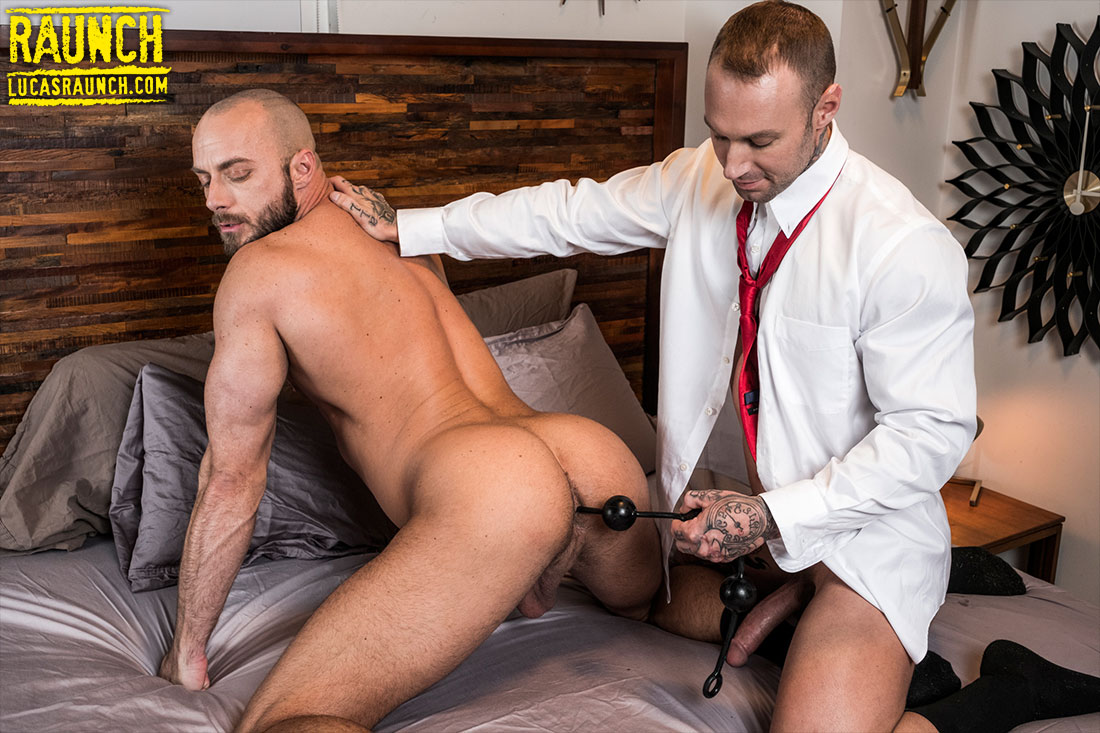 Dylan James Double Fucks Jessie Colter With His Raw Cock And A Dildo - Gay Movies - Lucas Entertainment