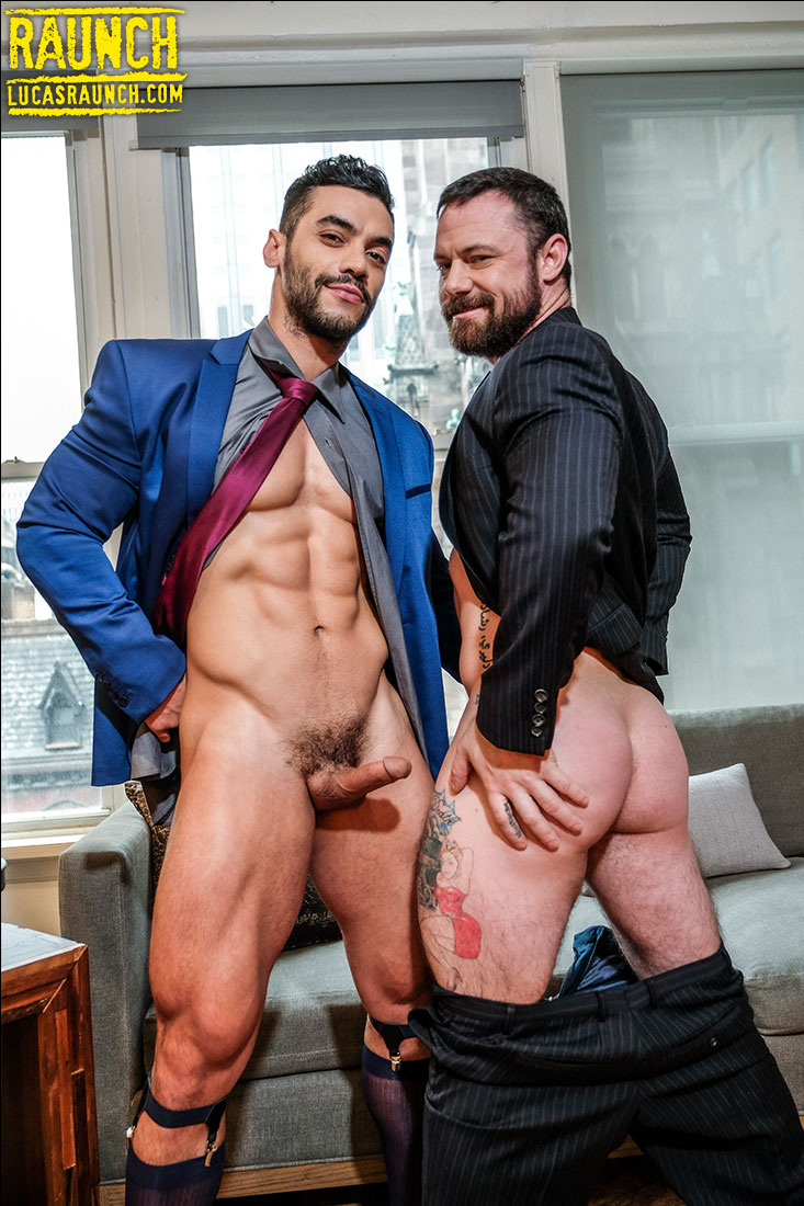 Sergeant Miles Plays With Sex Toys For Arad Winwin - Gay Movies - Lucas Entertainment