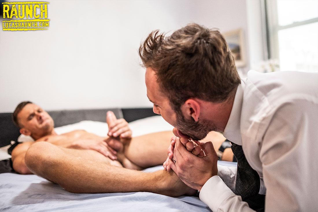 Andrey Vic Worships Drake Roger