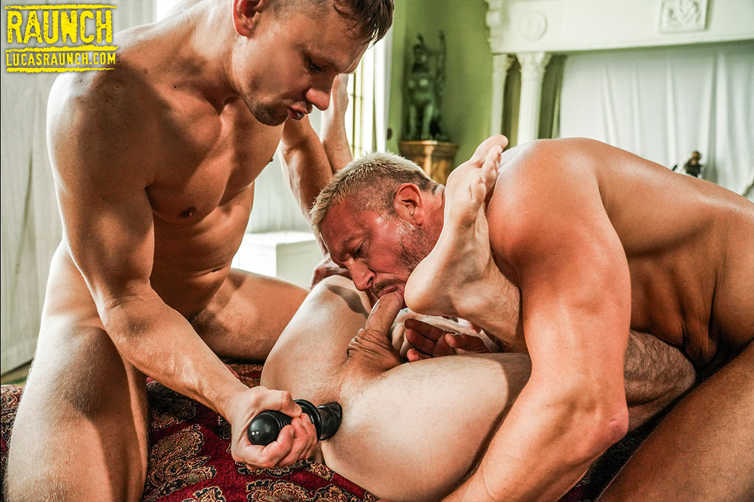 Tomas Brand And Andrey Vic Stretch Robert Law