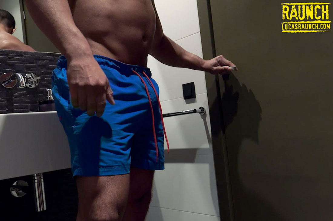 Frank Tyron Sprays Dylan Greene With Piss - Gay Movies - Lucas Entertainment