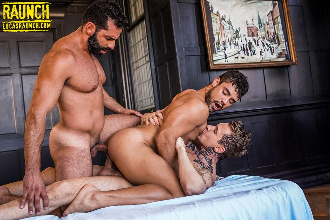 Robert Royal And Massimo Arad Double-Fuck Dann Grey - Gay Movies - Lucas Entertainment