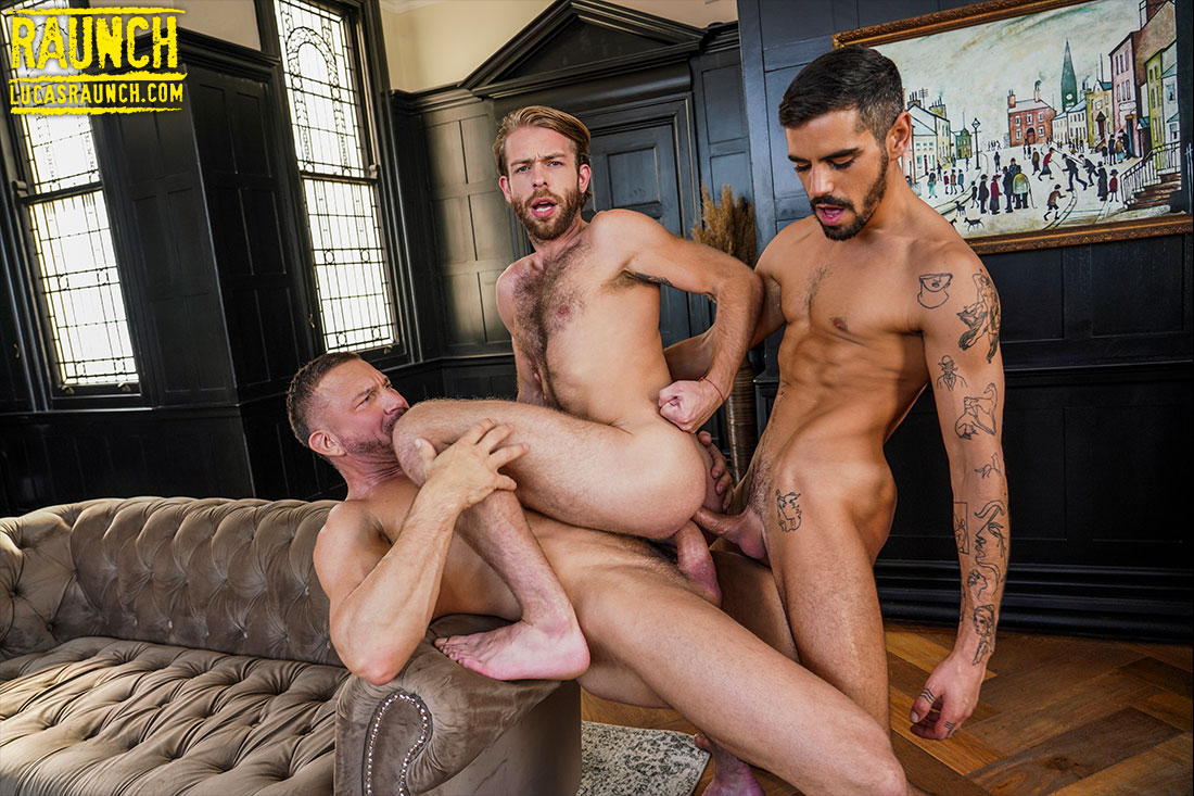 Tomas Brand And Gabriel Phoenix Double Team Valentin Amour - Gay Movies - Lucas Entertainment