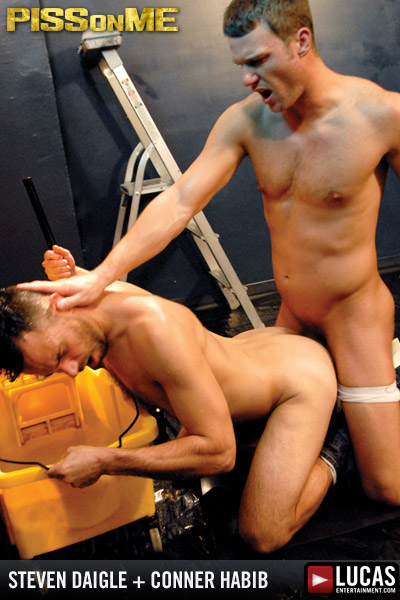 Piss On Me - Gay Movies - Lucas Raunch