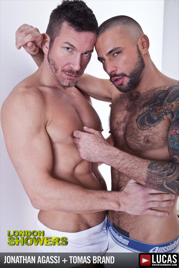 Damien Crosse Douses Jonathan Agassi - Gay Movies - Lucas Entertainment