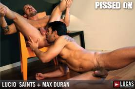 Pissed On - Gay Movies - Lucas Raunch